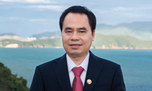 Tram Huong Agarwood-offering Ceremony honoring the World Leader in the Artificial Intelligence World Society